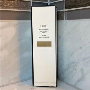 Oribe Impermeable Anti-Humidity Spray NIP